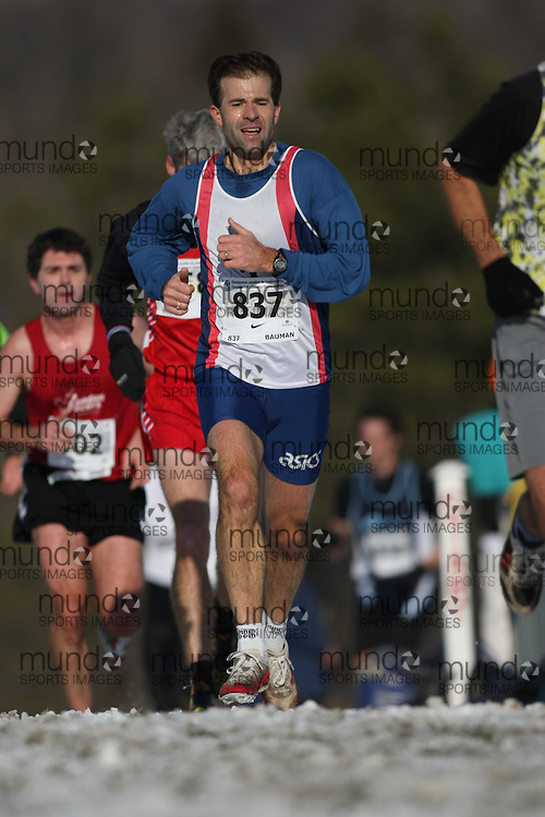 Guelph, Ontario ---29/11/08---  MARVIN BAUMAN runs in the master's race at the 2008 AGSI Canadian Cross Country Championships in Guelph, Ontario, November 29, 2008..Sean Burges Mundo Sport Images