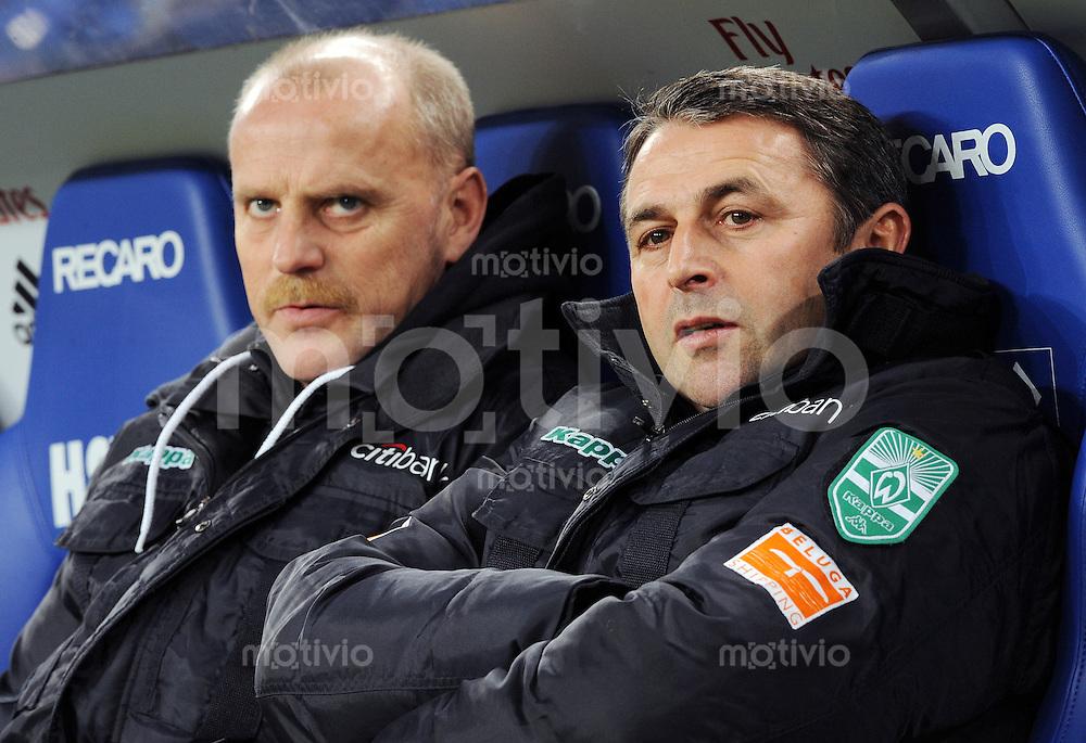 FUSSBALL   1. BUNDESLIGA   SAISON 2008/2009   14. SPIELTAG Hamburger SV - SV Werder Bremen         23.11.2008 Trainer Thomas SCHAAF (li) und Manager Klaus ALLOFS (re, beide Bremen)