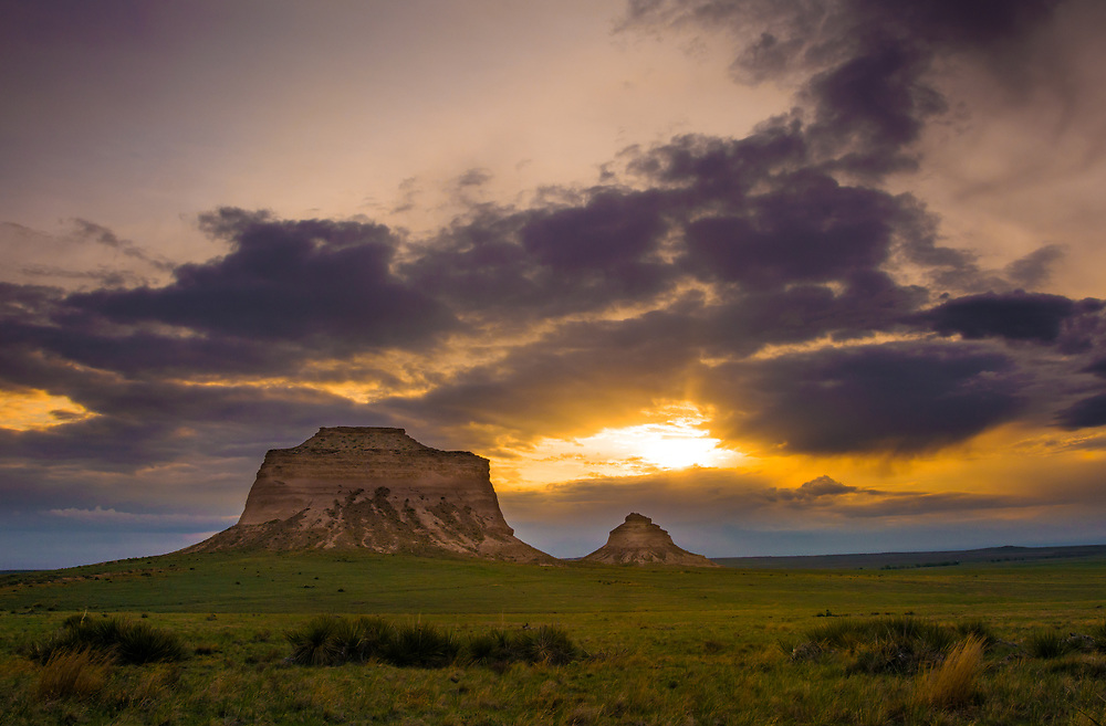 This is a picture of the Pawnee Buttes at sunrise.<br />