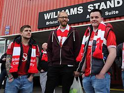 Bristol City supporters board coaches at Ashton Gate, destination Wembley - Photo mandatory by-line: Paul Knight/JMP - Mobile: 07966 386802 - 22/03/2015 - SPORT - Football - Bristol - Ashton Gate Stadium - Bristol City v Walsall - Johnstone's Paint Trophy