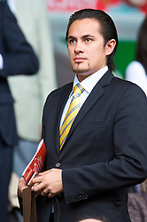 LIVERPOOL, ENGLAND - Saturday, September 26, 2009: A potential investor in Liverpool FC arrives at Anfield before the Premiership match against Hull City at Anfield. (Photo by: David Rawcliffe/Propaganda)