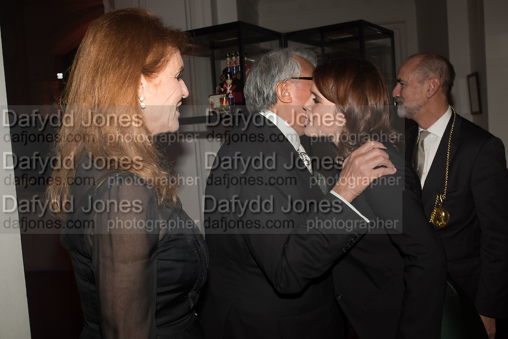 SIR DAVID TANG; THE DUCHESS OF YORK;PRINCESS EUGENIE OF YORK, Dinner and a performance and film screening from Carnet de and Mike Figgis (who has created a film especially for the event)  to celebrate David Tang and to mark the start of construction of the RA's £50 million redevelopment project.  Royal Academy. Piccadilly. London. 26 October 2015.