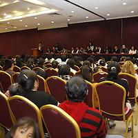 Toluca, Mex.- Reunión de la organización social Nuevo Partido Ciudadano, que aspira a obtener el registro como partido político local, en su primera actividad logro reunir alrededor de 300 personas. Agencia MVT / Crisanta Espinosa. (DIGITAL)<br /> <br /> NO ARCHIVAR - NO ARCHIVE