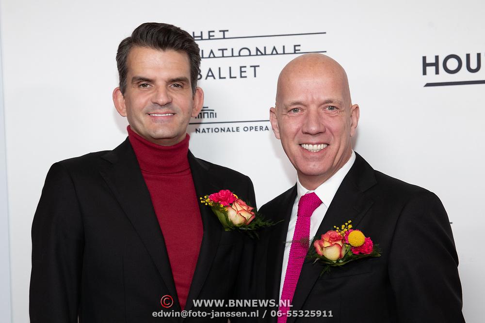 NLD/Amsterdam/20200206 - Ballet premiere Frida, Maurice Wijnen en partner Ronald den Ouden