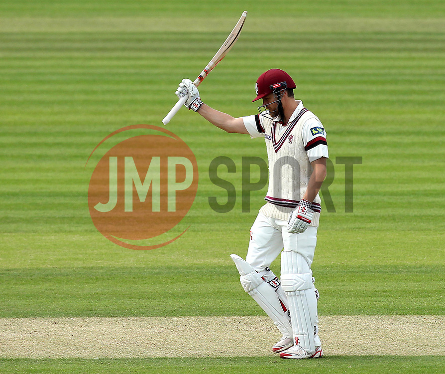 Somerset's James Hildreth raises his bat after scoring 50 - Photo mandatory by-line: Robbie Stephenson/JMP - Mobile: 07966 386802 - 21/06/2015 - SPORT - Cricket - Southampton - The Ageas Bowl - Hampshire v Somerset - County Championship Division One