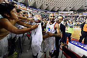 DESCRIZIONE : Roma quarti di finale gara 3 playoff 2013-2014 Acea Roma Acqua Vitasnella Cantù<br /> GIOCATORE : Phil Goss Tifosi Francesco Carotti<br /> CATEGORIA : Tifosi Esultanza<br /> SQUADRA : Acea Virtus Roma<br /> EVENTO : quarti di finale gara 3 playoff 2013-2014<br /> GARA : Acea Roma Acqua Vitasnella Cantù<br /> DATA : 24/05/2014<br /> SPORT : Pallacanestro <br /> AUTORE : Agenzia Ciamillo-Castoria/GiulioCiamillo<br /> Galleria : playoff 2013-2014<br /> Fotonotizia : Roma quarti di finale gara 3 playoff 2013-2014 Acea Roma Acqua Vitasnella Cantù<br /> Predefinita :
