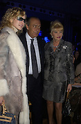 irina Davydova, Fawaz Gruusi and Ivana Trump. Zuhair Murad couture collection. Louvre. Paris.  25  January 2006.  ONE TIME USE ONLY - DO NOT ARCHIVE  © Copyright Photograph by Dafydd Jones 66 Stockwell Park Rd. London SW9 0DA Tel 020 7733 0108 www.dafjones.com