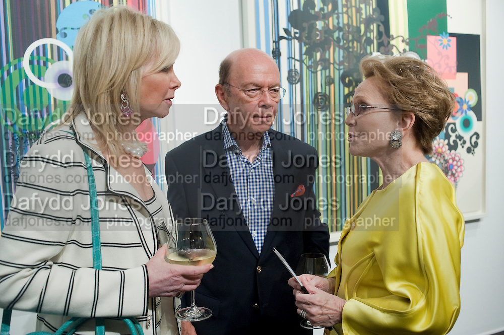 HILARY ROSS; WILBUR ROSS; HARRIET WEINTRAUB, Galen and Hilary Weston host the opening of Beatriz Milhazes Screenprints. Curated by Iwona Blazwick. The Gallery, Windsor, Vero Beach, Florida. Miami Art Basel 2011