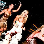 Tom Flip Weddings