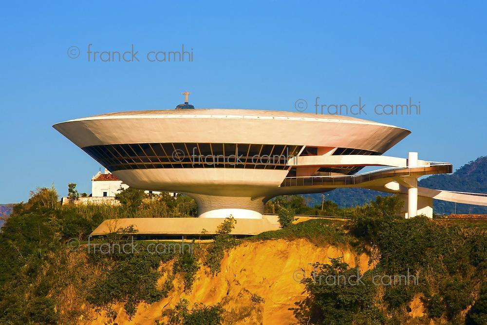 oscar niemeyer Museum of contemporary art in niteroi near rio de janeiro in brazil