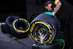 February 21, 2019 - Barcelona, Catalonia, Spain - Renault mechanic cleaning the Pirelli tyres during the Formula 1 2019 Pre-Season Tests at Circuit de Barcelona - Catalunya in Montmelo, Spain on February 21. (Credit Image: © Xavier Bonilla/NurPhoto via ZUMA Press)