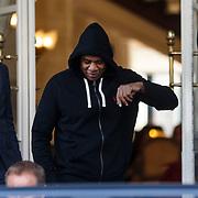 NLD/Amsterdam/20131030 - Jay Z verlaat zijn hotel