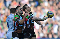 Nick Evans and Danny Care (Harlequins) celebrate the former's try - Photo mandatory by-line: Patrick Khachfe/JMP - Tel: Mobile: 07966 386802 29/03/2014 - SPORT - RUGBY UNION - The Twickenham Stoop, London - Harlequins v London Irish - Aviva Premiership.