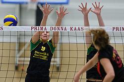 12-12-2015 NED: Prima Donna Kaas Huizen - VV Utrecht, Huizen<br /> In de Topdivisie verslaat PDK Huizen vv Utrecht met 3-1 / Bianca de Kock #9