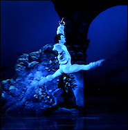 Boston Ballet Dress Rehearsal of Romeo and Juliet. Nelson Madrigal (Romeo)...www.michaelseamans.com