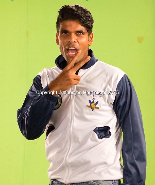 Vishnu Vardhan (IND) macht ein Promotion Video im TV Studio,Portrait,<br /> <br /> Tennis - Champions Tennis League 2015 -  -   - Chennai - Tamil Nadu - India  - 25 November 2015. <br /> &copy; Juergen Hasenkopf