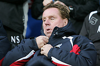 Photo: Lee Earle.<br /> Portsmouth v Sheffield United. The Barclays Premiership. 23/12/2006. Portsmouth manager Harry redknapp.