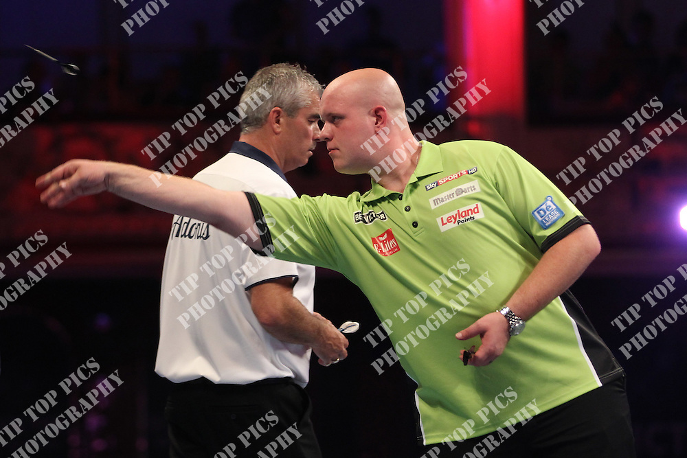 PDC WORLD MATCHPLAY 2014,MICHAEL VAN GERWEN<br /> PIC CHRIS SARGEANT<br /> TIPTOPPICS