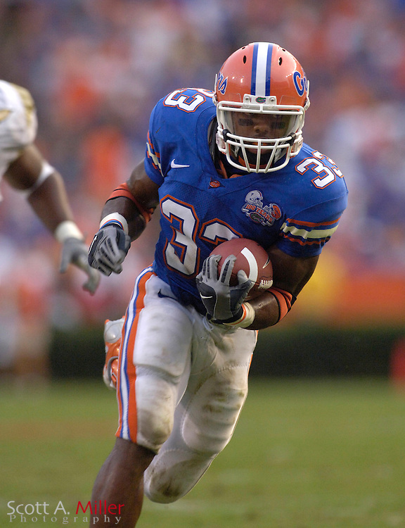 Sept. 9, 2006; Gainesville, FL, USA; Florida Gators running back Kestahn Moore scores on a 28-yard run against the Central Florida Golden Knights at Ben Hill Griffin Stadium. ...©2006 Scott A. Miller