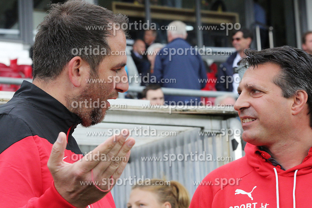 03.05.2015, Hardtwald, Sandhausen, GER, 2. FBL, SV Sandhausen vs 1. FC Heidenheim, 31. Runde, im Bild Frank Schmidt (Trainer/1.FC Heidenheim 1846 e.V.) und Alois Schwartz (Trainer/SV Sandhausen) im Dialog vor dem Spiel // during the 2nd German Bundesliga 31th round match between SV Sandhausen and 1. FC Heidenheim at the Hardtwald in Sandhausen, Germany on 2015/05/03. EXPA Pictures &copy; 2015, PhotoCredit: EXPA/ Eibner-Pressefoto/ Bermel<br /> <br /> *****ATTENTION - OUT of GER*****