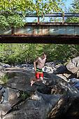 1. PreWedding Fresca  River & Loon Mnt
