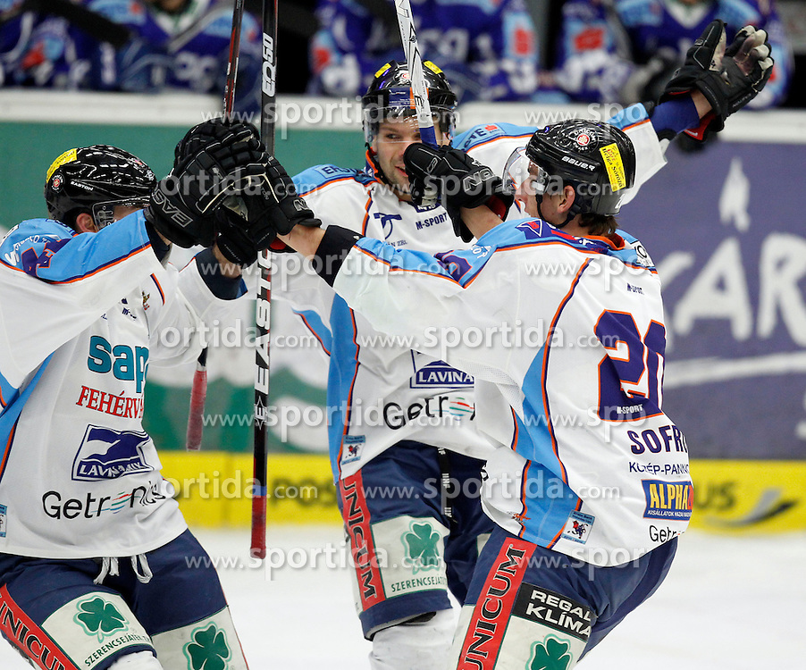 01.01.2012, Stadthalle, Villach, AUT, EBEL, EC Rekord Fenster VSV vs SAPA Fehervar AV19, im Bild der Jubel von Fehervar  // during the Erste Bank Icehockey League, Stadthalle, Villach, Austria, 2012-01-01, EXPA Pictures © 2012, PhotoCredit: EXPA/ Oskar Hoeher