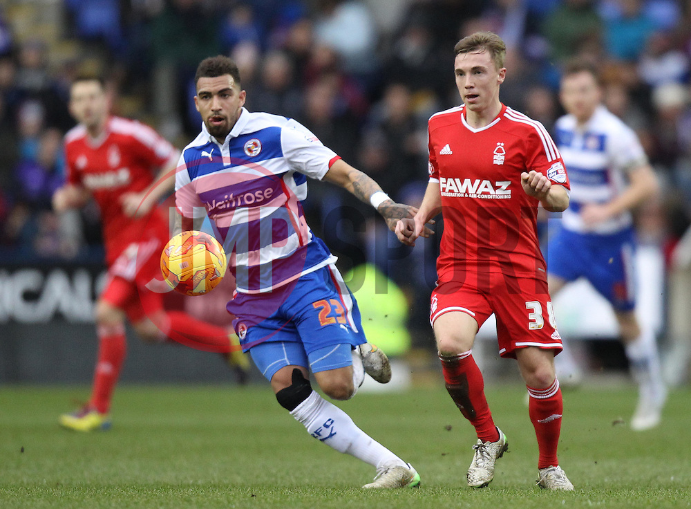 Reading's Danny Williams and Nottingham Forest's Ben Osborn - Photo mandatory by-line: Robbie Stephenson/JMP - Mobile: 07966 386802 - 28/02/2015 - SPORT - Football - Reading - Madejski Stadium - Reading v Nottingham Forest - Sky Bet Championship