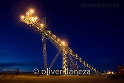 FOTÓGRAFO: Oliver Llaneza ///<br /> <br /> Correa tranportadora en construcción de Minera Esperanza