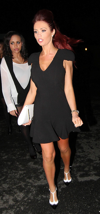 28.MAY.2013. ESSEX<br /> <br /> AMY CHILDS WHO SPLIT FROM BOYFRIEND DAVID PETERS SEEN LEAVING ALEC'S RESTAURANT IN BRENTWOOD ESSEX LOOKING WORSE FOR WEAR WITH FRIENDS. <br /> <br /> BYLINE: EDBIMAGEARCHIVE.CO.UK<br /> <br /> *THIS IMAGE IS STRICTLY FOR UK NEWSPAPERS AND MAGAZINES ONLY*<br /> *FOR WORLD WIDE SALES AND WEB USE PLEASE CONTACT EDBIMAGEARCHIVE - 0208 954 5968*