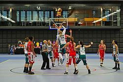 30-01-2011 BASKETBAL: DAMES ALL STAR GALA: ROTTERDAM<br /> Sprongbal bij het begin van de wedstrijd<br /> ©2011-WWW.FOTOHOOGENDOORN.NL / Peter Schalk
