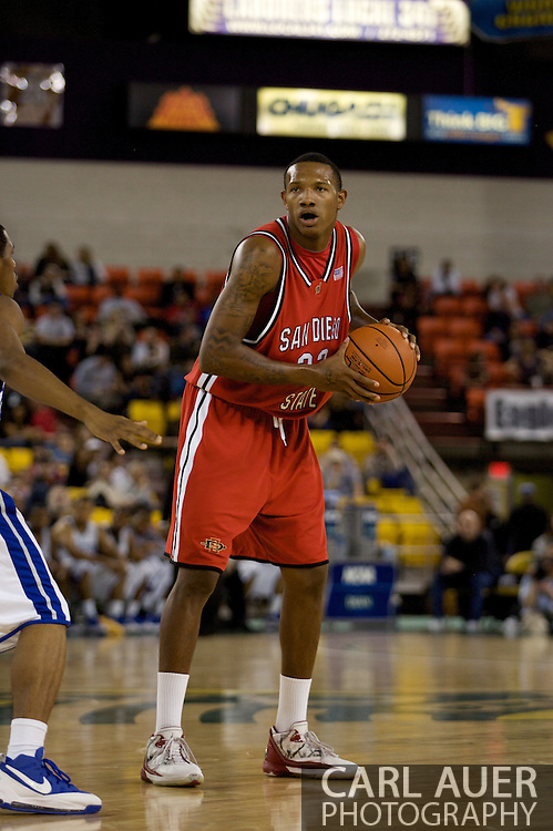 November 29, 2008: San Diego State's Billy White (32) in the championship game of the 2008 Great Alaska Shootout at the Sullivan Arena.  San Diego State would keep Hampton scoreless for most of the first 7 minutes of the game and never look back on the Aztec's run to the win Saturday night.