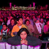 TOLUCA, Mexico.- Mas de mil personas asisitieron a presenciar el espectaculo multimedia 200 anos de ser orgullosamente mexicanos en el antiguo estacionamiento del aeropuerto de la ciudad de Toluca. Agencia MVT / Mario Vazquez de la Torre. (DIGITAL)