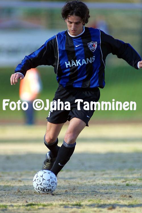 01.05.2002, Kauriala, H?meenlinna, Finland..Veikkausliiga 2002 / Finnish League 2002..FC H?meenlinna v FC Inter Turku.Aristides Pertot - Inter.©Juha Tamminen