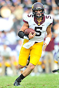 FORT WORTH, TX - SEPTEMBER 13:  Chris Streveler #5 of the Minnesota Golden Gophers scrambles against the TCU Horned Frogs on September 13, 2014 at Amon G. Carter Stadium in Fort Worth, Texas.  (Photo by Cooper Neill/Getty Images) *** Local Caption *** Chris Streveler