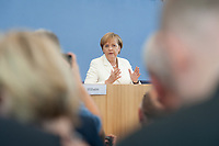 21 JUL 2010, BERLIN/GERMANY:<br /> Angela Merkel, CDU, Bundeskanzlerin, Pressekonferenz vor der Sommerpause, Bundespressekonferenz<br /> IMAGE: 20100721-02-015