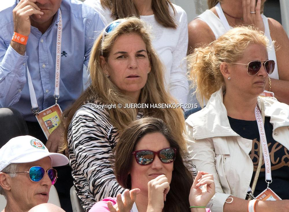 Arantxa Sanchez-Vicario(ESP) auf der Zuschauer Trib&uuml;ne,<br /> <br /> <br /> Tennis - French Open 2015 - Grand Slam ITF / ATP / WTA -  Roland Garros - Paris -  - France  - 2 June 2015.
