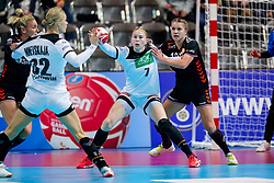08-12-2019 JAP: Netherlands - Germany, Kumamoto<br /> First match Main Round Group1 at 24th IHF Women's Handball World Championship, Netherlands lost the first match against Germany with 23-25. / Merel Freriks #19 of Netherlands, Meike Schmelzer #7 of Germany