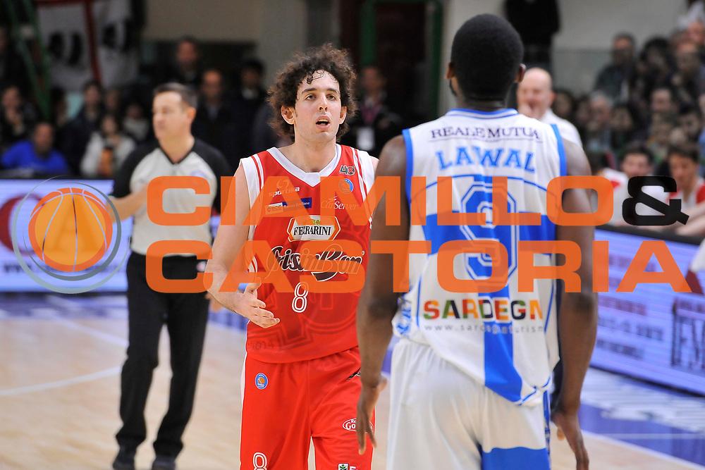 DESCRIZIONE : Campionato 2014/15 Dinamo Banco di Sardegna Sassari - Grissin Bon Reggio Emilia<br /> GIOCATORE : Donell Taylor Shane Lawal<br /> CATEGORIA : Fair Play<br /> SQUADRA : Grissin Bon Reggio Emilia<br /> EVENTO : LegaBasket Serie A Beko 2014/2015<br /> GARA : Dinamo Banco di Sardegna Sassari - Grissin Bon Reggio Emilia<br /> DATA : 22/12/2014<br /> SPORT : Pallacanestro <br /> AUTORE : Agenzia Ciamillo-Castoria / Luigi Canu<br /> Galleria : LegaBasket Serie A Beko 2014/2015<br /> Fotonotizia : Campionato 2014/15 Dinamo Banco di Sardegna Sassari - Grissin Bon Reggio Emilia<br /> Predefinita :