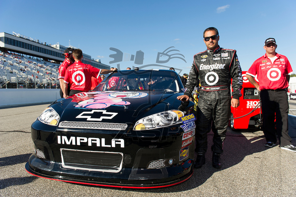 Joliet, IL - SEP 21, 2012:  The NASCAR Sprint Cup teams take to the track during qualifying for the Sylvania 300 at New Hampshire Motor Speedway in Loudon, NH.