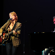 Amy Correia (singer) opens for Marc Cohn at The Muis Hall, Portsmouth, NH . Jon Ossman on bass.