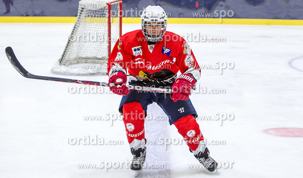 23.04.2015, Red Bull Akademie, Salzburg, AUT, OeSV, Skisprung, Eishockey Kurs, im Bild Stefan Kraft // during a Icehockey Training of Austria Skijumping Team at the Red Bull Academy, Salzburg, Austria on 2015/04/23. EXPA Pictures © 2015, PhotoCredit: EXPA/ JFK