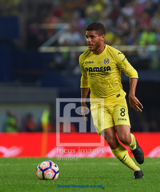 Jonathan Dos Santos of Villarreal CF during the La Liga match at Estadio El Madrigal, Villarreal<br /> Picture by Maria Jose Segovia/Focus Images Ltd +34 660052291<br /> 23/10/2016