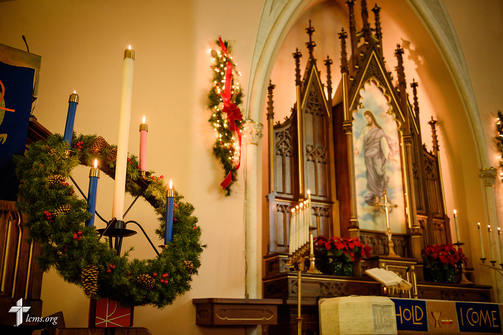 Advent candles at Holy Cross Lutheran Church, Collinsville, Ill., on Monday, Nov. 27, 2017. LCMS Communications/Erik M. Lunsford