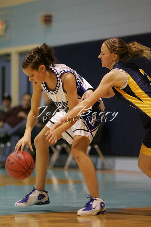 Page Tournament.Varsity Girls vs Rappahannock.First Period.December 29, 2004