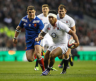 Picture by Andrew Tobin/Focus Images Ltd +44 7710 761829.23/02/2013. Manu Tuilagi of England with blood from a head wound in action during the RBS 6 Nations match at Twickenham Stadium, Twickenham.