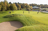 VELDHOVEN - Hole yellow 6 met clubhuis. Golfbaan Gendersteyn Burggolf.  COPYRIGHT KOEN SUYK