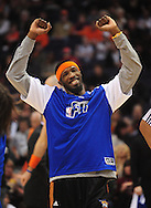 Jan. 7 2011; Phoenix, AZ, USA; Phoenix Suns forward Hakim Warrick (21) reacts on the court against the New York Knicks at the US Airways Center. The Knicks defeated the Suns 121-96. Mandatory Credit: Jennifer Stewart-US PRESSWIRE.