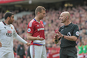 Roger East (Middlesbrough) talks to a Middlesbrough player during the Premier League match between Middlesbrough and Watford at the Riverside Stadium, Middlesbrough, England on 16 October 2016. Photo by Mark P Doherty.