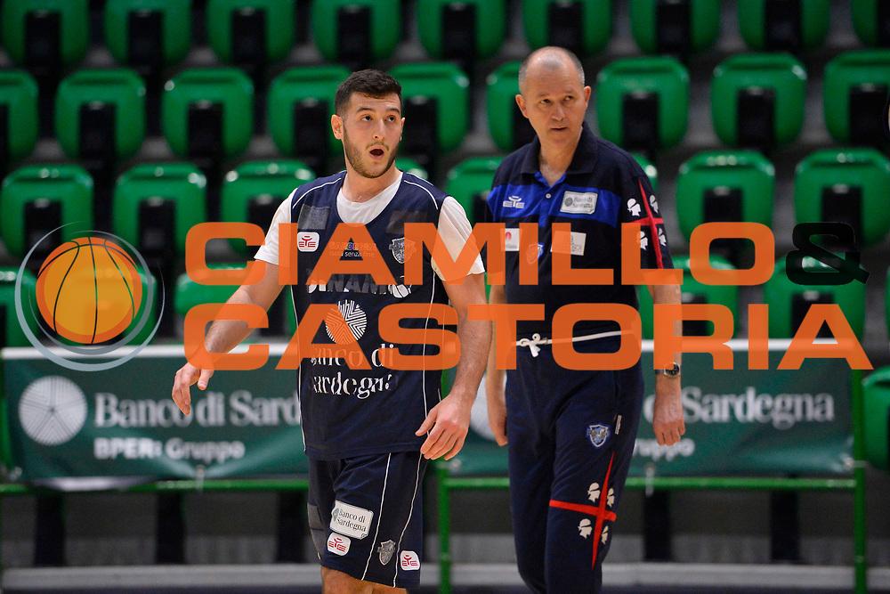 SASSARI 04 APRILE 2018<br /> Allenamento con Zare Markovski<br /> Banco di Sardegna Dinamo Sassari<br /> Legabasket Serie A LBA PorteMobile 2017/2018<br /> NELLA FOTO Zare Markovski Marco Spissu<br /> FOTO CIAMILLO