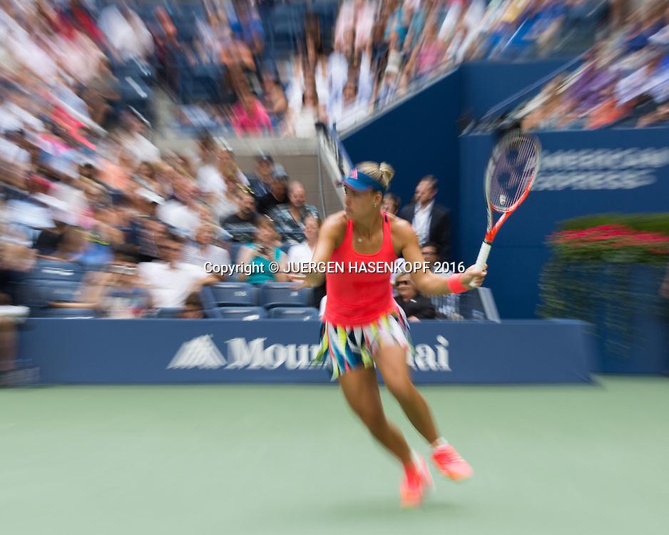 ANGELIQUE KERBER (GER) Mitzieher,Bewegungsunschaerfe,<br /> <br /> Tennis - US Open 2016 - Grand Slam ITF / ATP / WTA -  USTA Billie Jean King National Tennis Center - New York - New York - USA  - 10 September 2016.